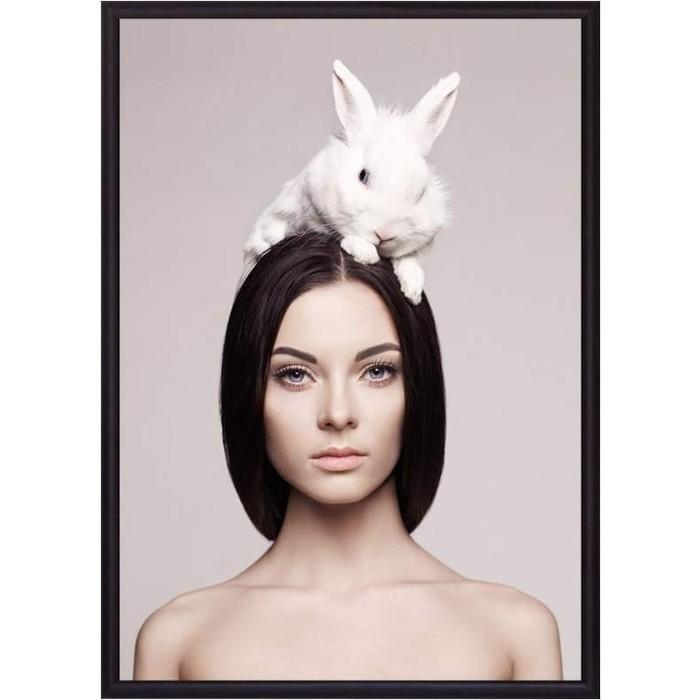 Постер в рамке Дом Корлеоне Девушка с кроликом 50x70 см постер в рамке дом корлеоне девушка зайчик 50x70 см