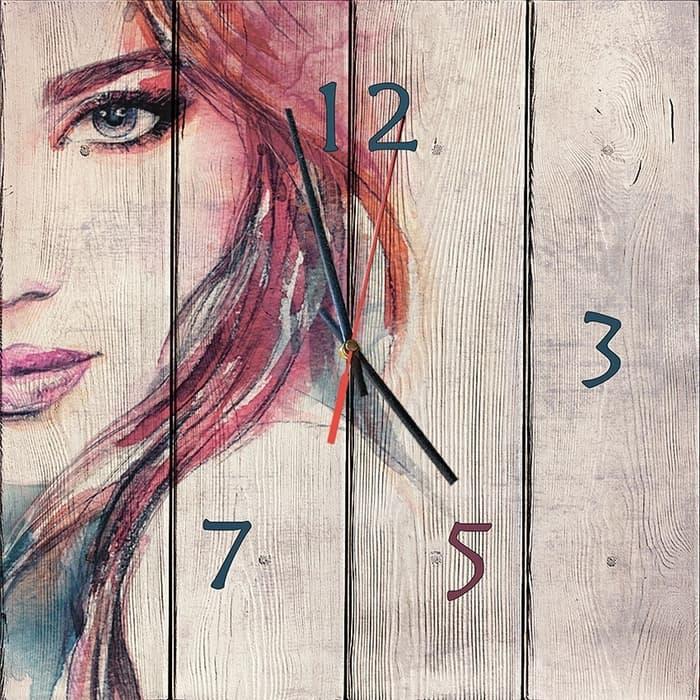 Настенные часы Дом Корлеоне Лик девушки 50x50 см