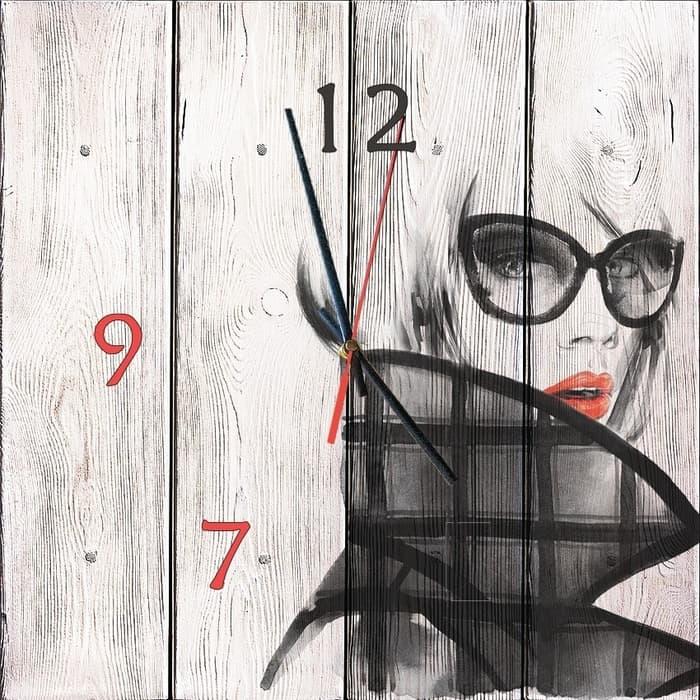 Настенные часы Дом Корлеоне Модница 30x30 см
