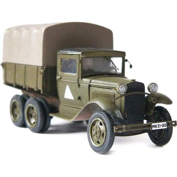 Сборная модель Звезда Советский армейский трехосный грузовик (ГАЗ - ААА), 1/35 ZV 3547