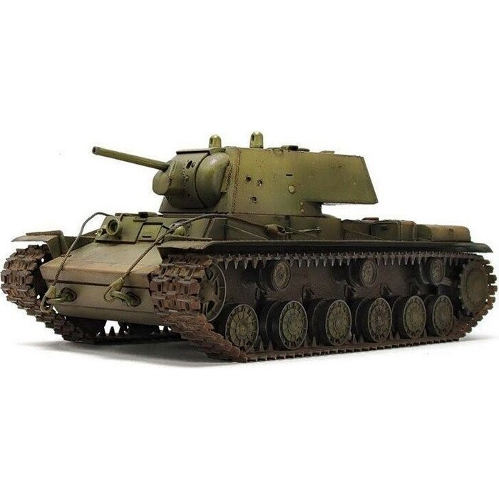 Сборная модель Звезда Советский тяжелый танк КВ - 1, подарочный набор, 1/35 ZV 3539П