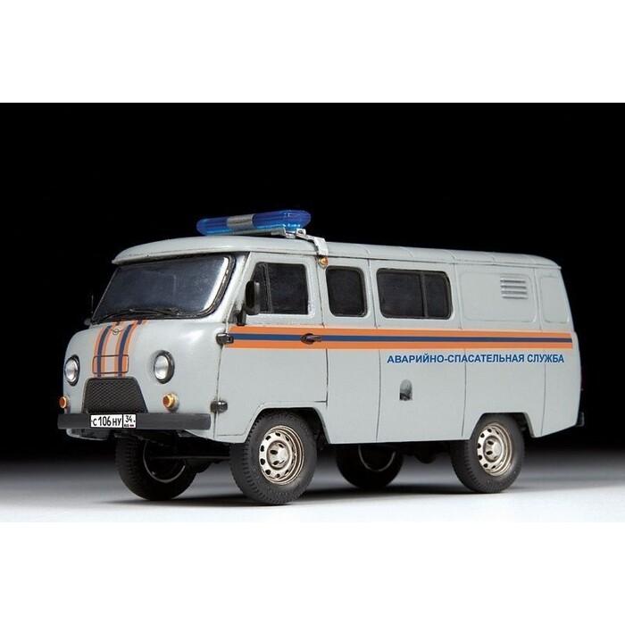 Сборная модель Звезда УАЗ - 3909 Буханка Аварийно спасательная служба, 1/43 ZV 43002