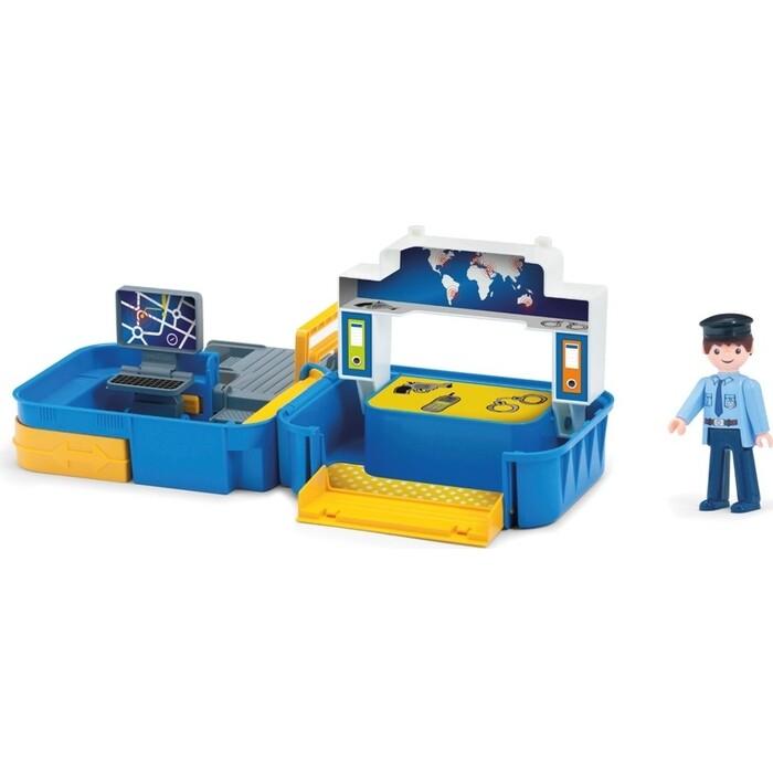 Игровой Набор EFKO полиция с фигуркой полицейского в чемоданчике, (32212EF-CH)