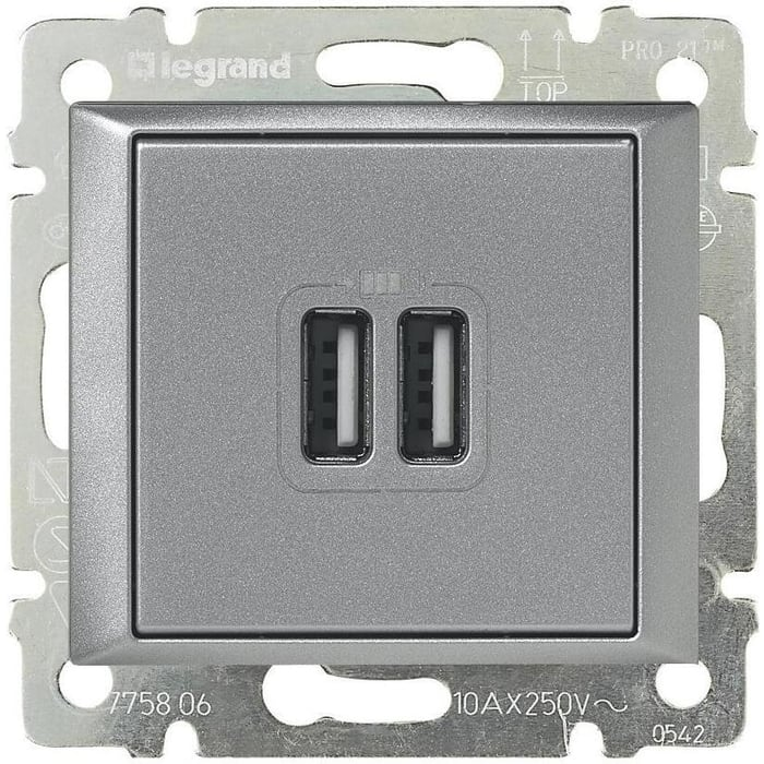 Розетка Legrand USB двойная Valena 240V/5V 2400mA алюминий 770270