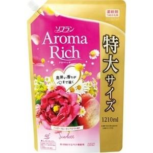 Кондиционер для белья Lion Aroma Rich Scarlett с цветочно-фруктовым ароматом, мягкая упаковка 1210 мл
