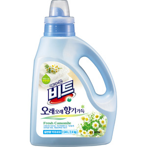 Жидкое средство для стирки Lion Beat универсальное, с ароматом Ромашки 2,34 л