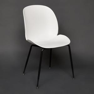 Стул TetChair Secret De Maison Beetle Chair (mod.70) ножки черный, сиденье и спинка белый