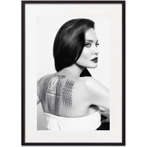 Постер в рамке Дом Корлеоне Анджелина Джоли 30x40 см постер в рамке дом корлеоне анджелина джоли 21x30 см