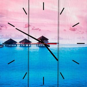 Настенные часы Дом Корлеоне Бунгало 30x30 см