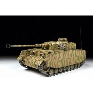 цена на Сборная модель Звезда Немецкий средний танк T - IV (H), 1/35 - ZV - 3620