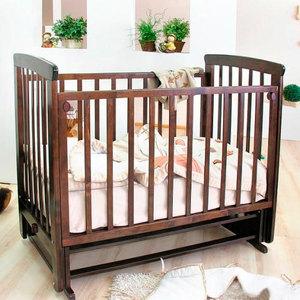 Кроватка Красная звезда Марина поперечный маятник шоколад/стразы С702