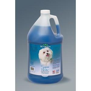Шампунь BIO-GROOM Super White Shampoo супер белый осветляющий для собак 3,8л (21128) шампунь для кошек и собак bio groom so gentle гипоаллергенный 3 8 л
