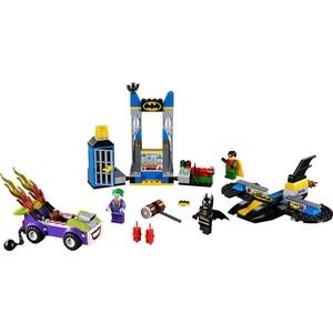 Конструктор Lego Juniors Нападение Джокера на Бэтпещеру