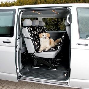 Подстилка TRIXIE автомобильная для собак 1,40х1,45см (13234) trixie подстилка trixie для собак автомобильная 1 45х1 60 м черная