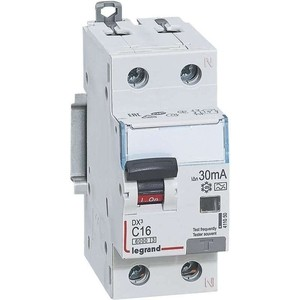 Выключатель автоматический дифференциального тока Legrand 2п (1P+N) C 16А 30мА тип A 6кА DX3 2мод. Leg 411050 выключатель автоматический дифференциального тока legrand 2п c 16а 30ма тип ac 6ка dx3 4мод leg 411158