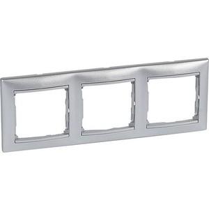 Рамка Legrand на 3 поста Valena горизонтальная алюминий (770153) рамка для розеток и выключателей valena 3 поста цвет алюминий